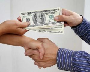 Менять деньги