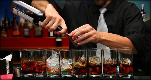 Сколько зарабатывают бармены в ночном клубе